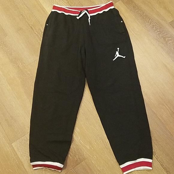 cb3e76815b8f Jordan Other - Mens Jordan Cuffed Joggers Sz XL Black Red